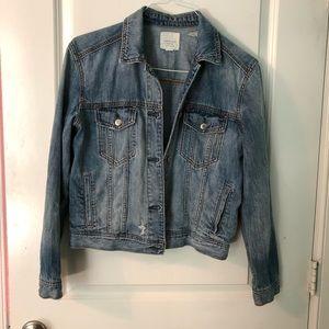 American Eagle light wash distressed jean jacket